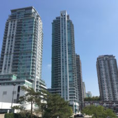 Town Centre Court 2 bedroom + den sold in 4 days for $383,500